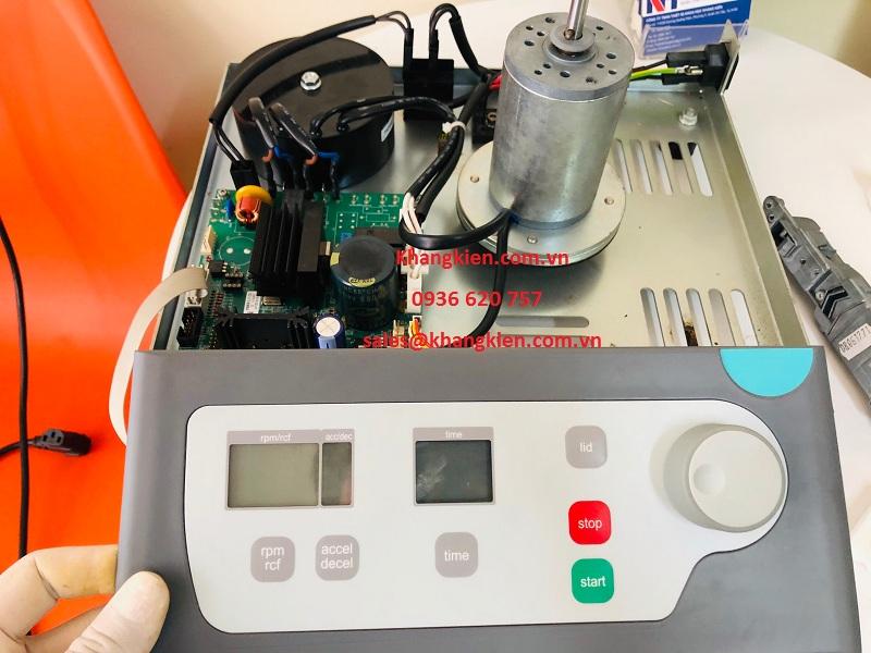 Sửa chữa máy ly tâm để bàn Hermle Z206A