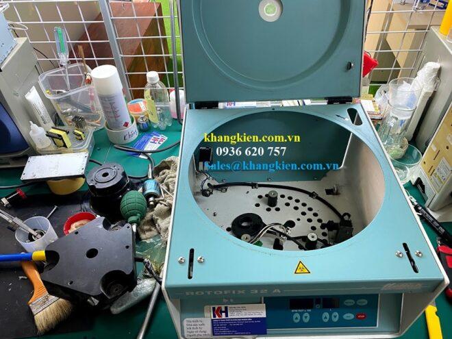Sửa máy ly tâm Hettich Rotofix 32A cho Bệnh Viện Đại Học Y Dược.jpg